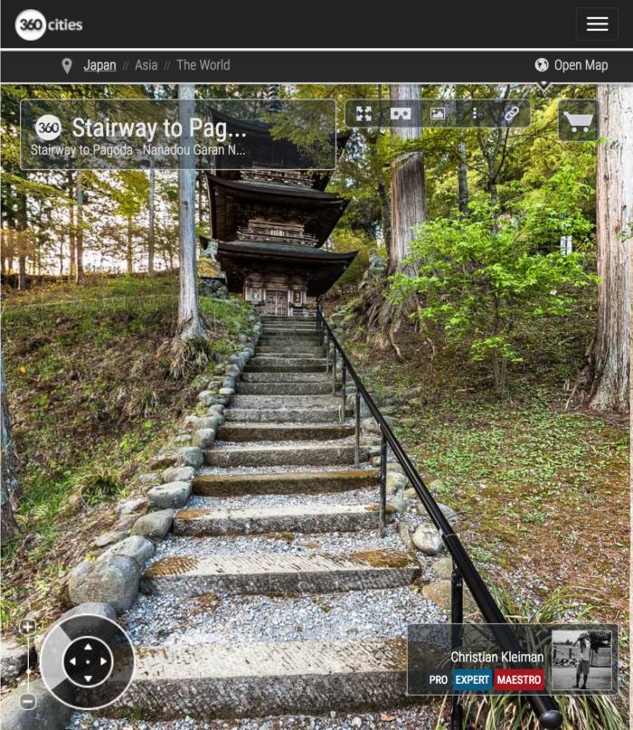 Templo Teisyouji - Escaleras Pagoda - Explora con una visita virtual el Templo Budista Teisyouji ubicado en Saku, Japón - Fotografía © Christian Kleiman